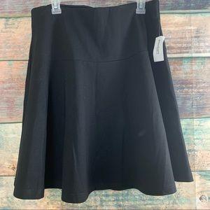 Women's Sz L Ron & Ali Black Skirt NWT